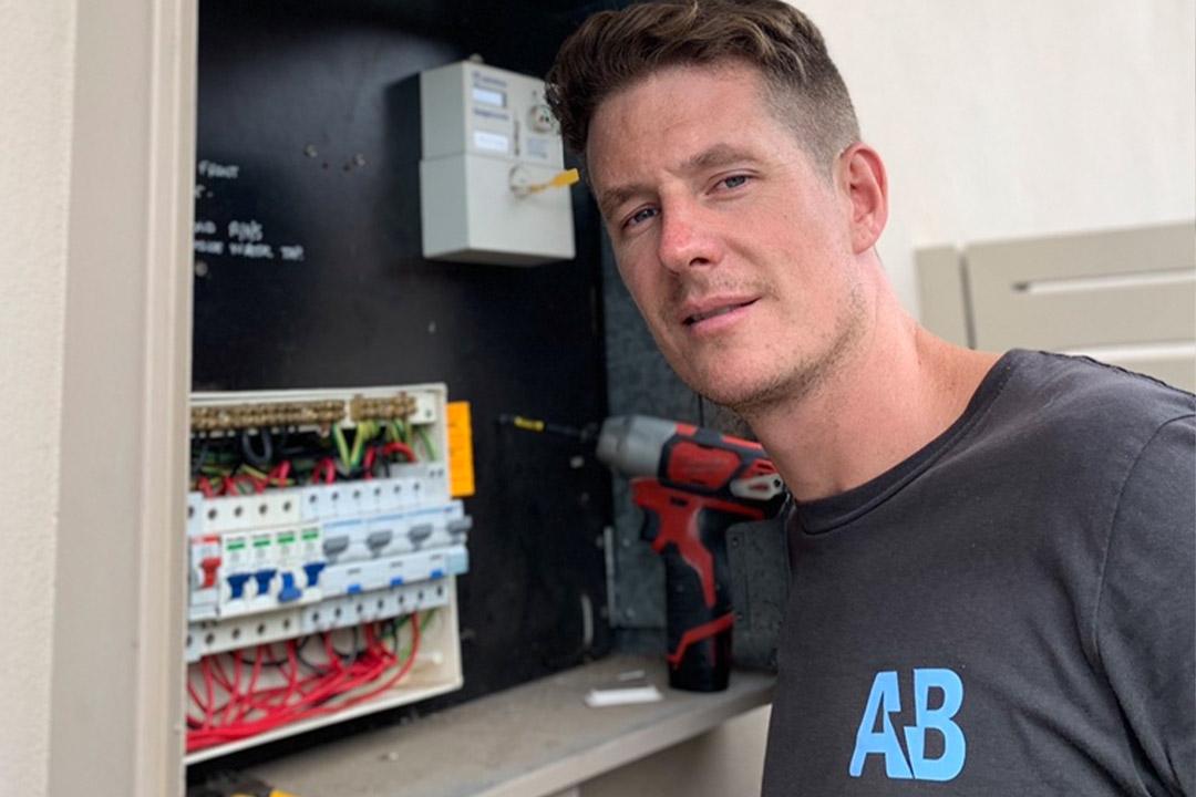 emergency electrician cremorne